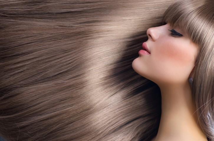 Tak Perlu Pergi ke Salon, 10 Bahan  Ini Bisa Lurusin Rambutmu di Rumah